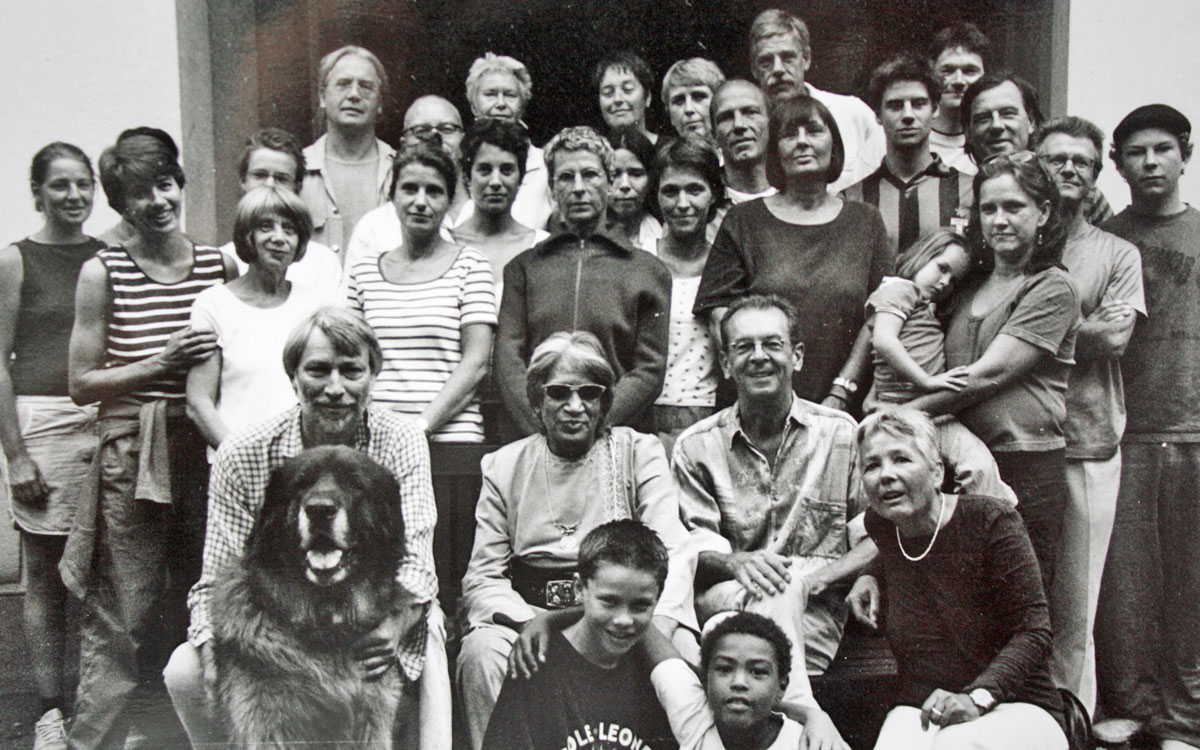 Die Mietergemeinschaft im Jahr 2003